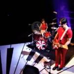 The White Stripes comparte su debut en la tv británica con el tema «Hotel Yorba»